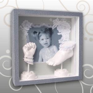 Handabdruck-Fußabdruck Kind, grau, Ivana Irmscher Be happy Gipsabdruck Fürth