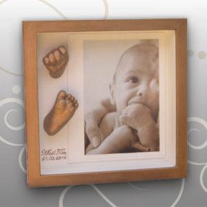 Handabdruck-Babyfussabdruck-bleichgold