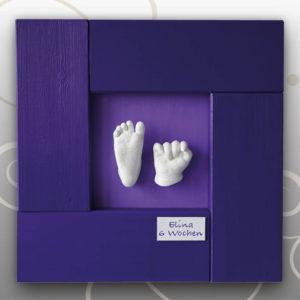 Hand-Babyfussabdruck-lila-Bilderrahmen