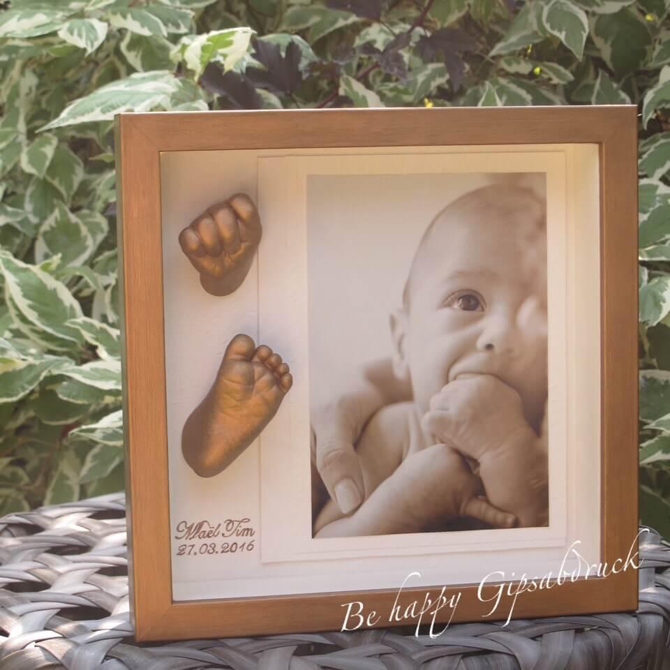 Handabdruck & Fußabdruck Baby im gold-bronzenen Bilderrahmen - Be ...